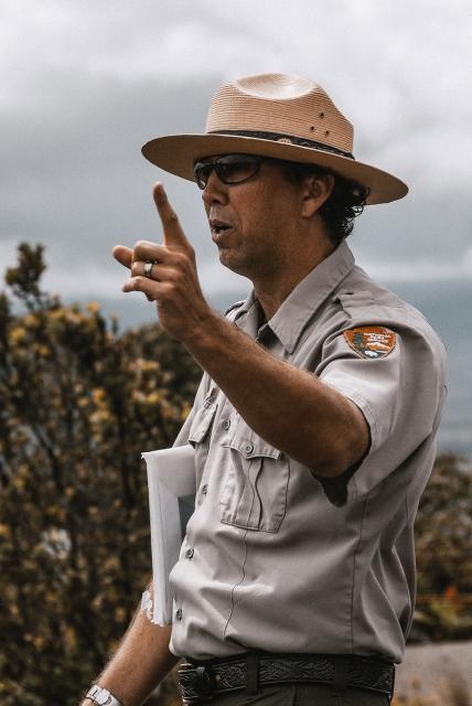 usa-hawaii-forest-trails-03-wp